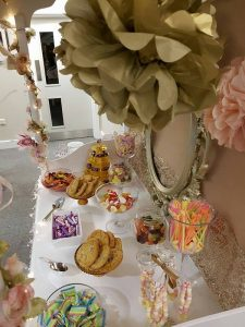 pink-and-gold-candy-cart-10