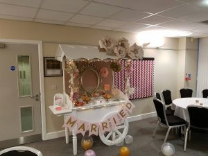 pink-and-gold-candy-cart-14