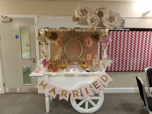 pink-and-gold-candy-cart-2