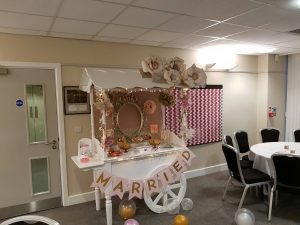 pink-and-gold-candy-cart-4