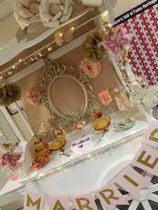 pink-and-gold-candy-cart-7